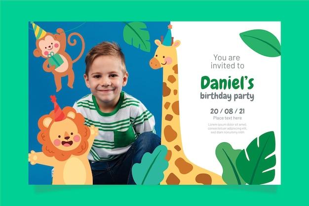Invitation d'anniversaire d'animaux plats avec photo