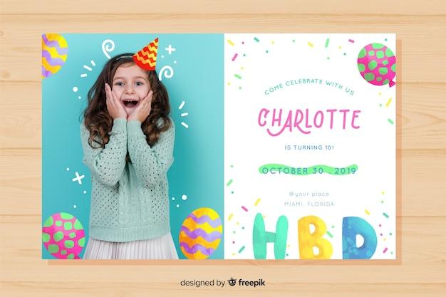 Invitation d'anniversaire pour enfant avec modèle de fille avec photo