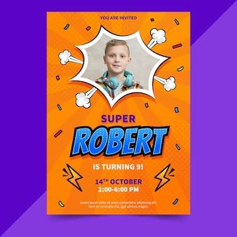 Invitation d'anniversaire de super-héros de dessin animé avec photo