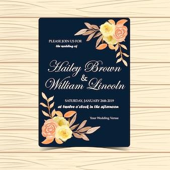 Invitation de mariage floral avec des fleurs et des feuilles de l'automne