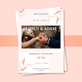 Invitation de mariage de jeunes mariés, main dans la main