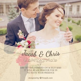 Invitation de mariage avec des tons chauds