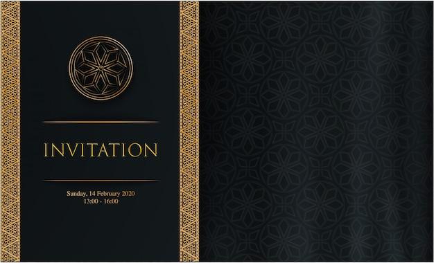 Invitation sombre de luxe avec décoration dorée