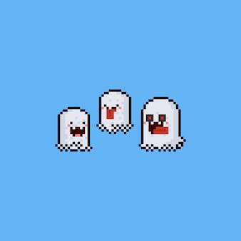 Jeu de caractères de fantômes mignons pixel art