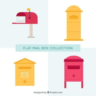 Jeu de différentes boîtes aux lettres dans le design plat