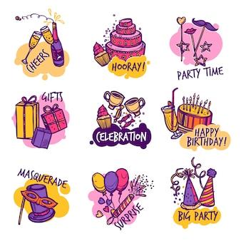 Jeu d'étiquettes d'emblèmes colorés de fête anniversaire