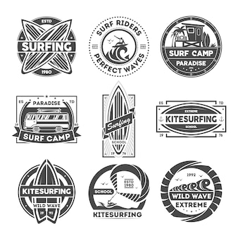 Jeu d'étiquettes vintage isolé du camp de surf