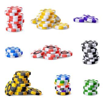 Jeu d'icônes de jetons de casino vecteur de dessin animé. jeton de poker. jetons de casino de vegas