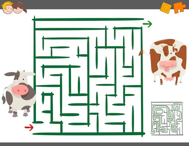 Jeu de loisir de labyrinthe avec des vaches