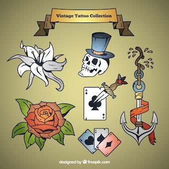 Jeu de main, dessiné tatouages vintage avec des sujets variés