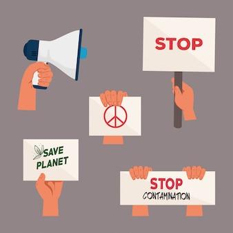 Jeu de mains avec des pancartes de protestations et un mégaphone