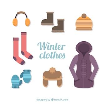 Jeu de manteau mignon avec des éléments d'hiver