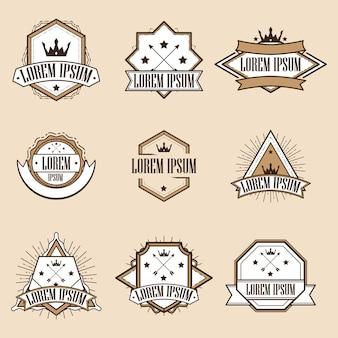 Jeu de retro vintage insignias ou logotypes
