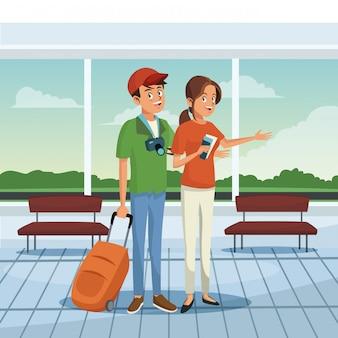 Jeune couple à l'aéroport