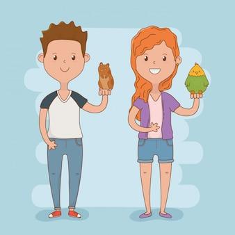 Jeune couple avec des mascottes mignonnes