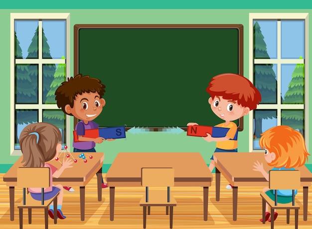 Jeune étudiant faisant une expérience d'aimant dans la scène de la classe