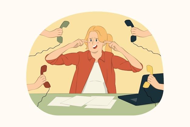 Jeune femme d'affaires nerveuse de stress couvrir les oreilles doigts concept