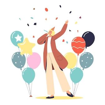 Jeune femme célébrant un anniversaire ou un événement de vacances