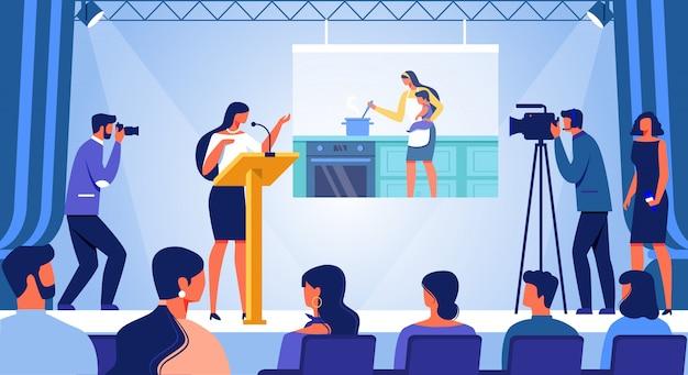 Jeune femme debout sur scène avec discours de carrière