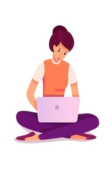 Jeune femme mailing, message texte