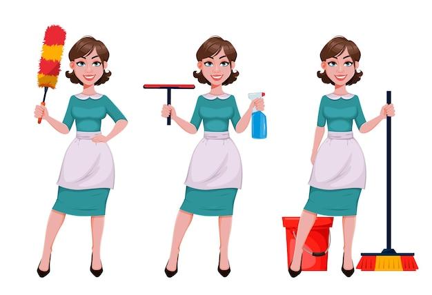 Jeune femme de ménage joyeuse mère belle femme réussie