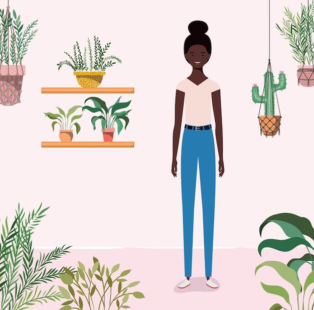 Jeune fille afro dans le personnage de jardin