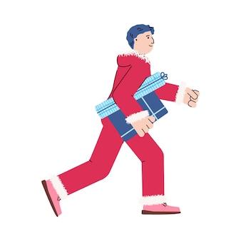 Jeune homme en costume de santa rouge transportant des coffrets cadeaux, illustration de vecteur plat de dessin animé isolé sur fond blanc. personnage de dessin animé pour les achats et les ventes de noël.