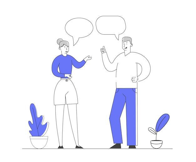 Jeune homme et femme discutent et communiquent.