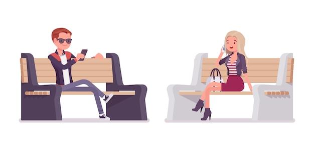 Jeune homme, et, femme, séance banc