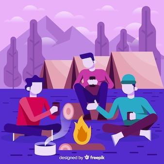 Jeunes campant ensemble dans la nature