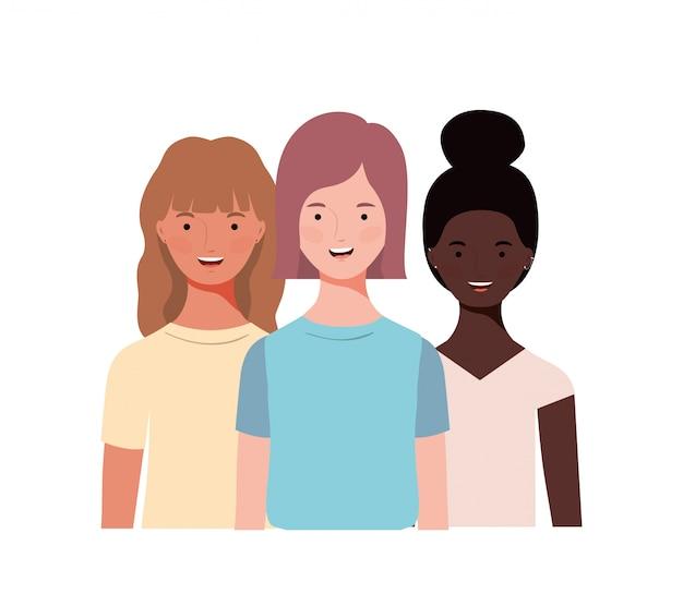 Jeunes femmes amis multiethniques