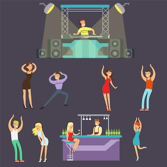 Jeunes gens heureux danser en boîte de nuit et boire au bar avec dj jouant la musique cartoon illustration