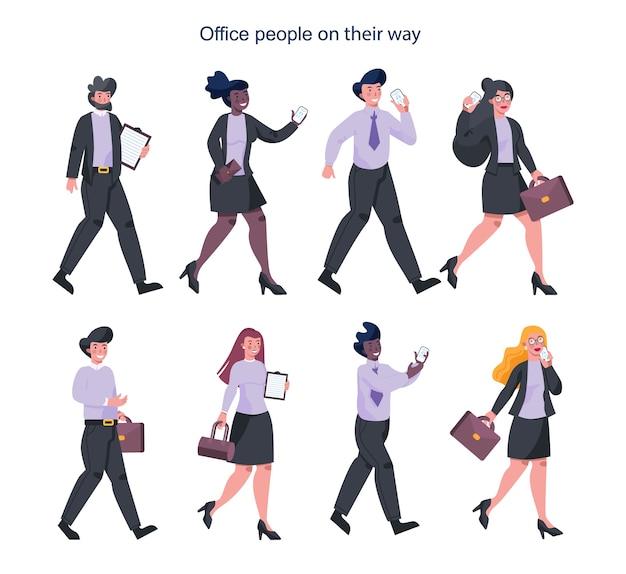 Jeunes hommes d'affaires en route. personnage féminin et masculin marchant, parlant au téléphone, tenant une mallette. employé qui réussit, réalisation.