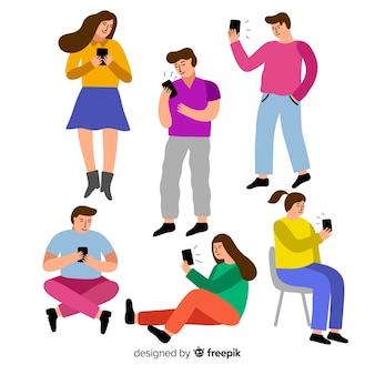 Jeunes tenant un smartphone