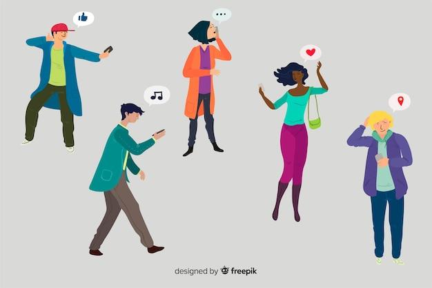 Jeunes tenant des smartphones