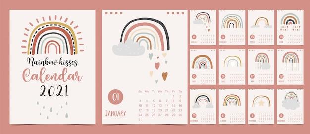 Joli calendrier pastel 2021 avec des arcs-en-ciel