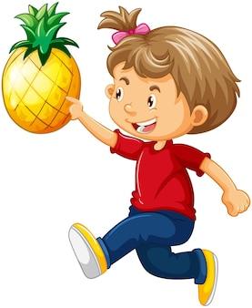 Une jolie fille tenant un personnage de dessin animé d'ananas isolé sur blanc