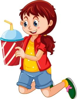 Une jolie fille tenant un personnage de dessin animé de tasse de boisson isolé sur blanc