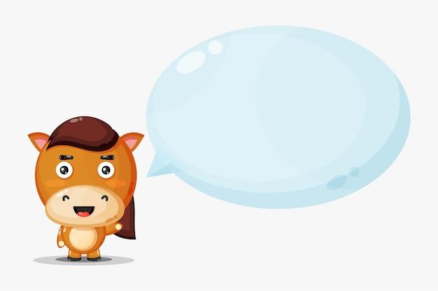 Jolie maison avec discours de bulle isolé sur blanc