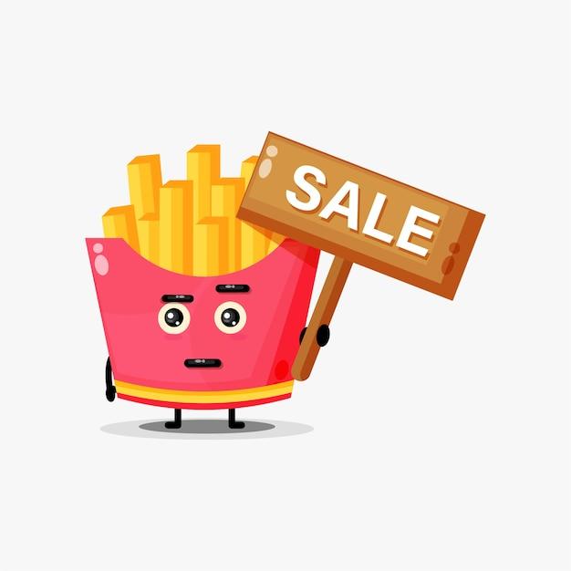 Jolie mascotte de frites avec le signe des ventes
