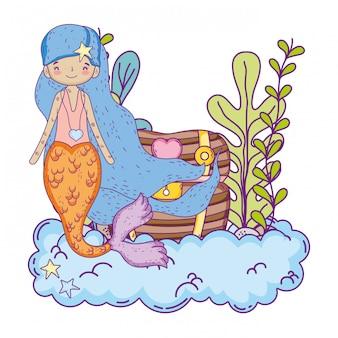 Jolie sirène avec coffre au trésor sous-marin