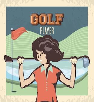 Joueuse de golf dans le parcours