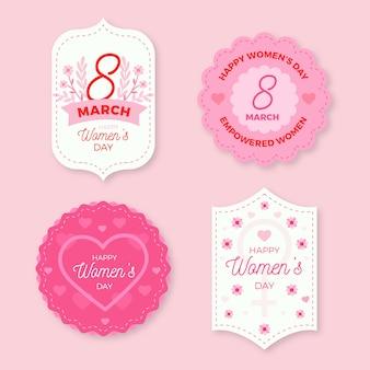 Journée de la femme heureuse avec des étiquettes florales