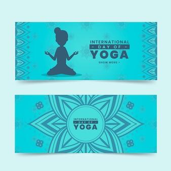 Journée internationale des bannières de yoga