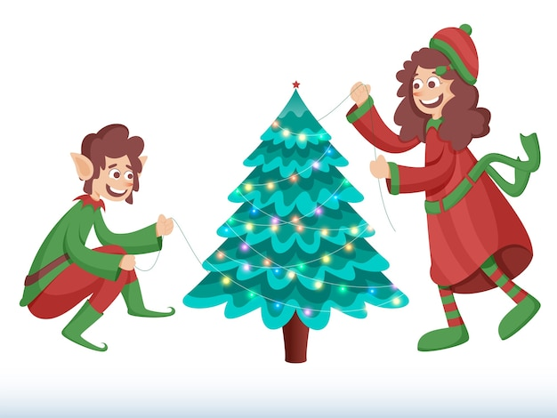 Joyeux elfe et fille décorée d'arbre de noël de guirlande d'éclairage sur fond blanc
