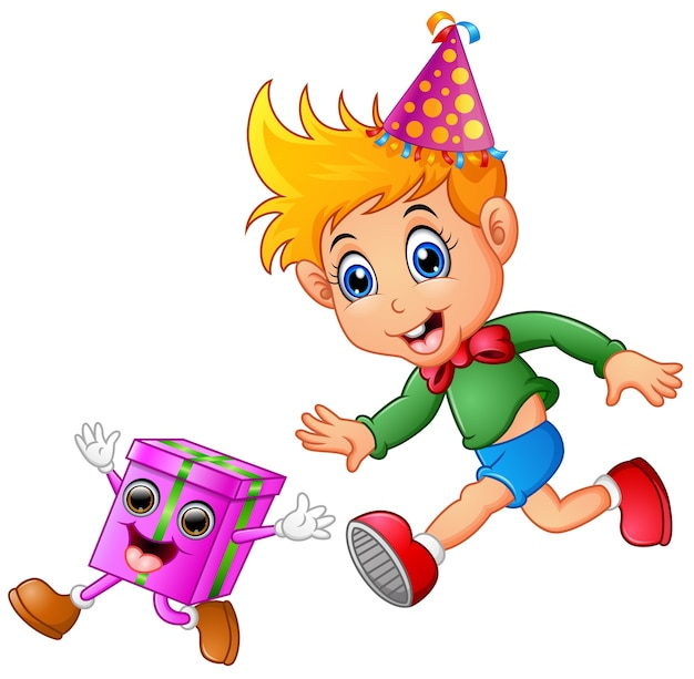 Joyeux enfant fête son anniversaire
