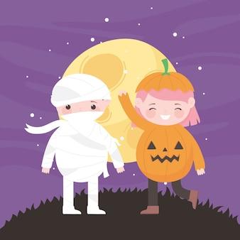 Joyeux halloween, costumes de citrouille et de momie nuit lune, trucs ou friandises, fête
