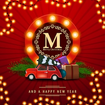 Joyeux noël et bonne année, carte de voeux de la place rouge avec voiture antique transportant le sapin de noël.