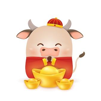Joyeux nouvel an chinois 2021. conception de personnage de dessin animé petit boeuf avec costume rouge chinois traditionnel, tenant un lingot d'or chinois isolé. l'année du taureau. zodiaque du bœuf.