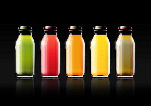 Jus de fruits dans une bouteille en verre pour publicité design et logo vintage